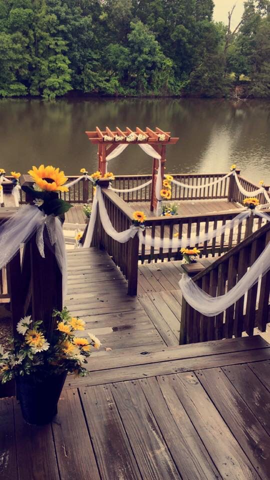 long lake resort poteauoklahoma oklahoma wedding sunflower wedding 35740 us