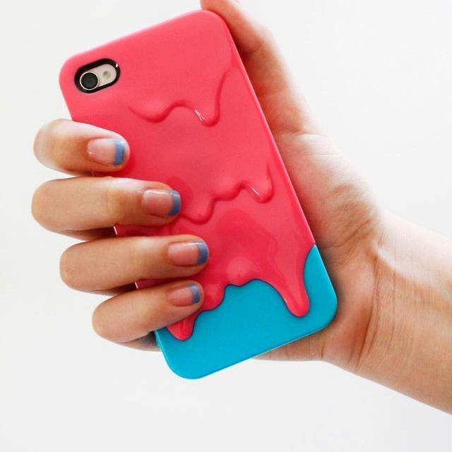 Cute nails (cute phone case).