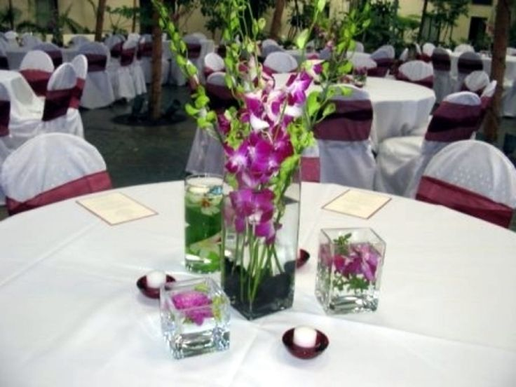 Simple wedding table decorations wedding reception table for Simple wedding decoration ideas for reception