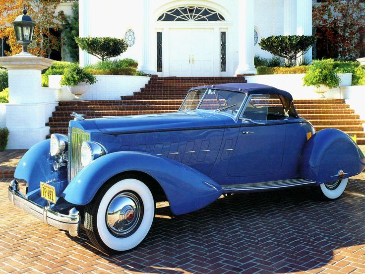 Packard V 12 Speedster By LeBaron Blue Fvl (1943)