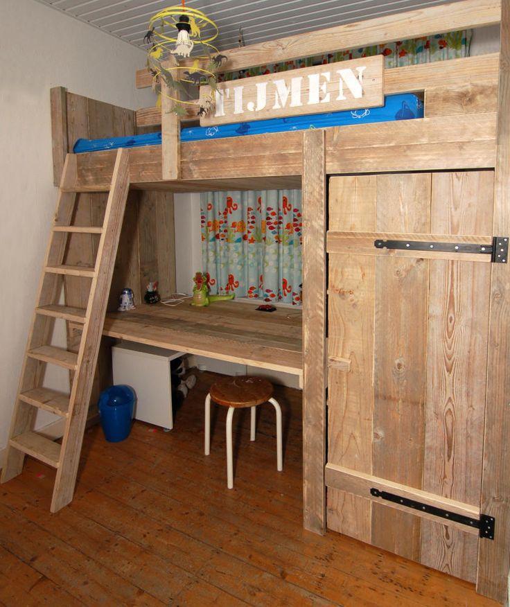 25 beste idee n over peuter hoogslapers op pinterest kinderstapelbed jongens hoogslapers en - Maken van zijn boekenkast ...