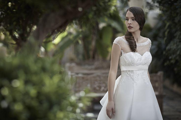 Mysecret Sposa Collezione Zaffiro Cod. 17115  #mysecretsposa #sposa #collezionesposa #abitidasposa #wedding #weddingdress #bride #abitobianco