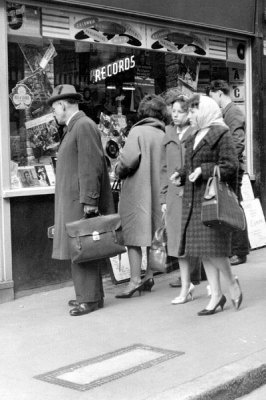 Peering into the record store window, circa 1950s-early '60s