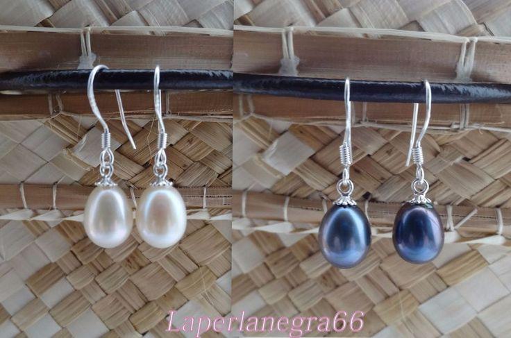 DUE PAIA DI ORECCHINI Vere Perle Bianche e Nere, 7-8 mm circa. Argento 925%