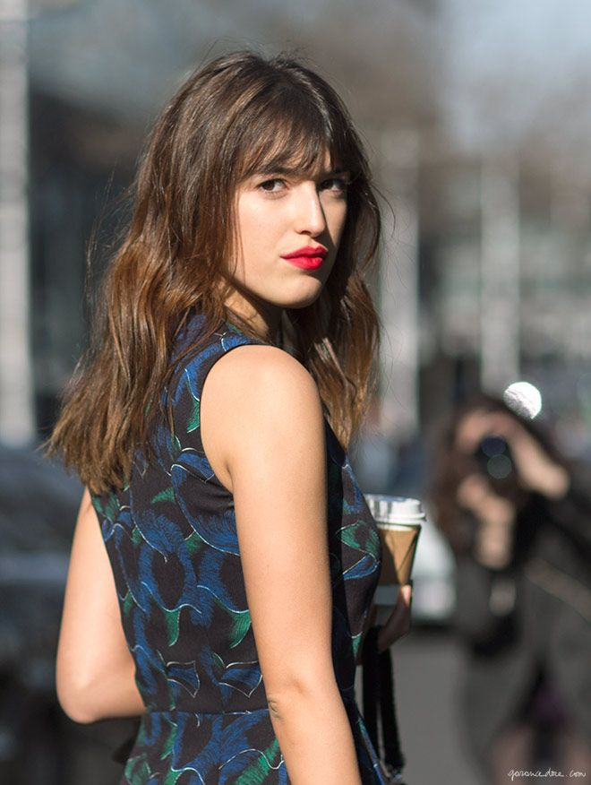 Jeanne Damas, red lips, Kenzo printed dress