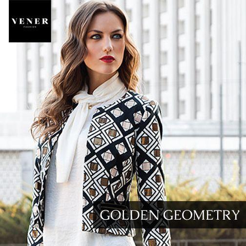 Μεσάτο σακάκι με γεωμετρικά σχήματα. - Συνδυάστε με: μαύρο παντελόνι ή άσπρη φούστα. - Accessories: μαύρη τσάντα / χρυσά διακριτικά σκουλαρίκια ή δαχτυλίδι (αποφύγετε τα χρυσά κολιέ).  www.vener.gr #venerfashion #jacket #scarf #womenfashion