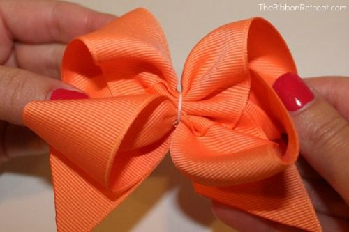 Twisted Boutique Bow Tutorial with Removable Flower - The Ribbon Retreat Blog