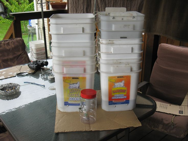 The stacking makes these a great prawn trap they fish well, they are very light to pull or carry and 10 traps stack in a small space on the boat, take up very little space.
