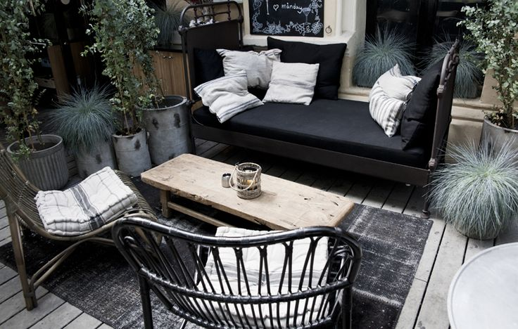 Grey, casual, outdoor lounging. Nobilis | X-PO Design