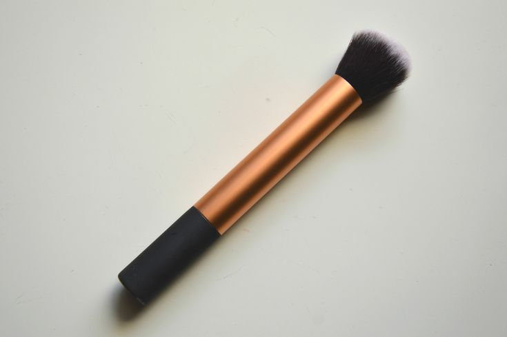 My top foundation brush | Real Techniques Expert Face Brush