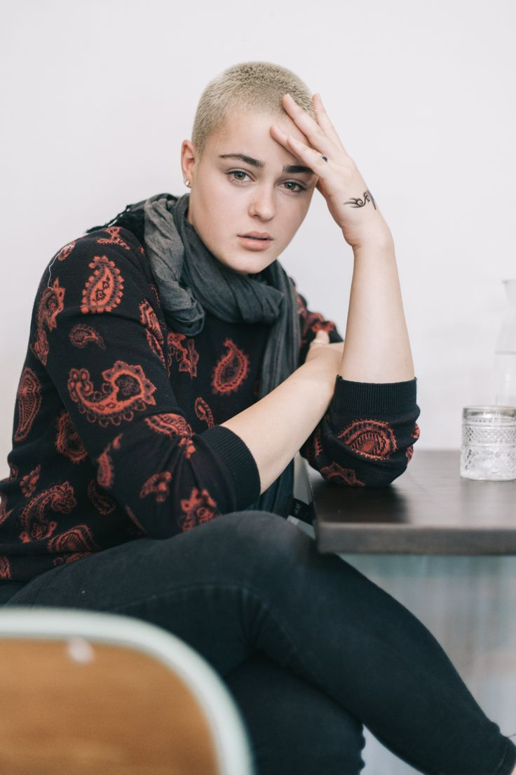 An amazing portrait of the sexy Stefania Ferrario in her jumper and scarf combo – Canberra, ACT, Australia