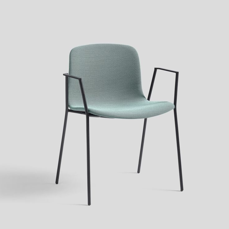 About A Chair AAC19 Steelcut Trio 2 105, Black Base by HAY