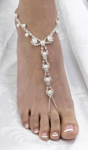 So sexy/pretty! Pair of Pearl Rhinestone Foot Jewelery