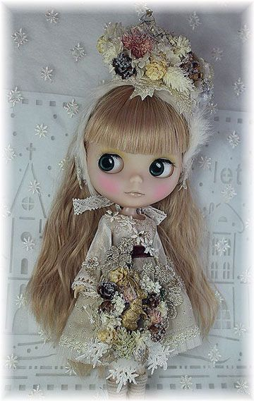 lovely blythe and clothes