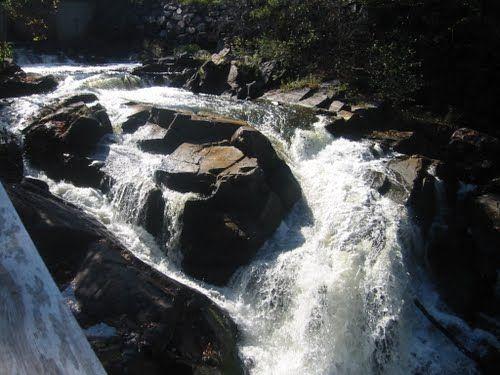 Waterfall - Wakefield Inn - Wakefield Qc.