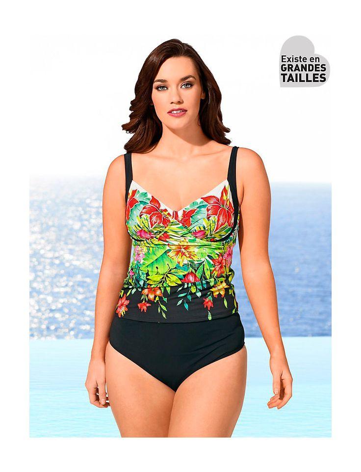 Pas de mode de bain grande taille sans un joli tankini à armatures parsemé de fleurs ! #tankini #modegrandetaille