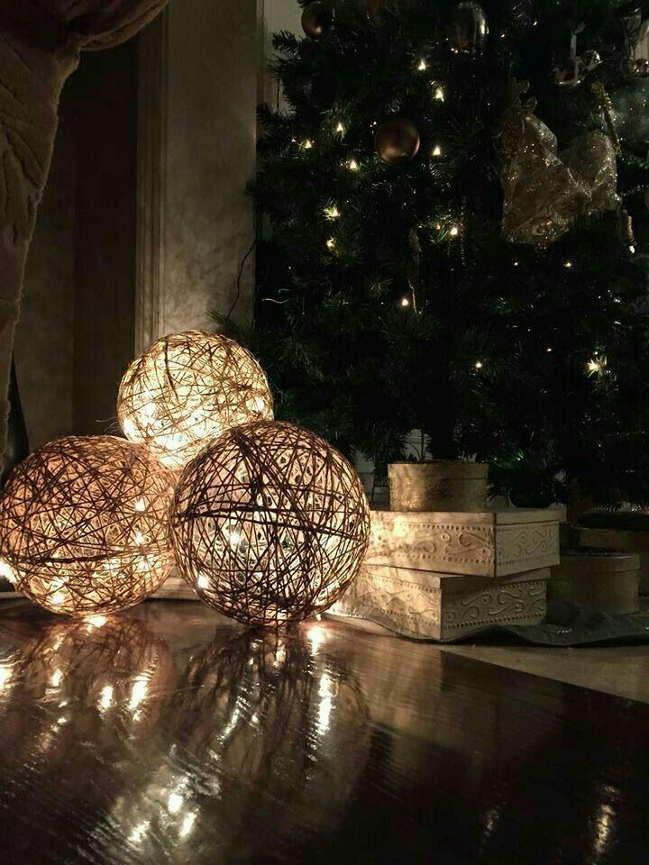Palle decorative grandi in canapa con luci a led con spina. (40)