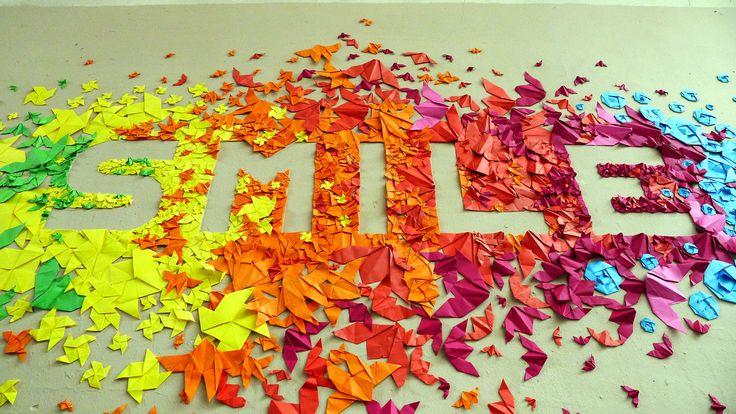 Amazing bulletin board or office artwork inspiration: SMILE | Mademoiselle Maurice