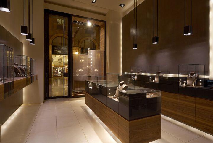 Leo Pizzo jewelry boutique by Diego Bortolato Architetto, Milan