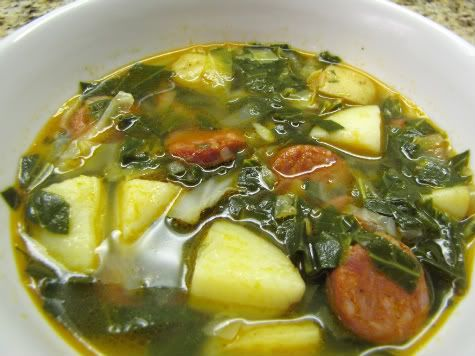 Sopa de couves--portuguese kale soup.  This is pretty close to the way my mom makes it--but without cabbage.  Yum!