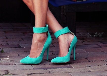 Pretty Shoes, Green Shoes, Ocean Shoes, Fabulous Shoes, Tiffany Blue, Something Blue, Shoes Clothing, Electric Blue, Fun Colors
