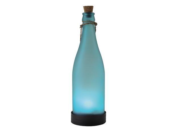 Epic Die dekorative BAUHAUS LED Solarflasche bringt mediterranes Flair in den Au enbereich Sie wird mit
