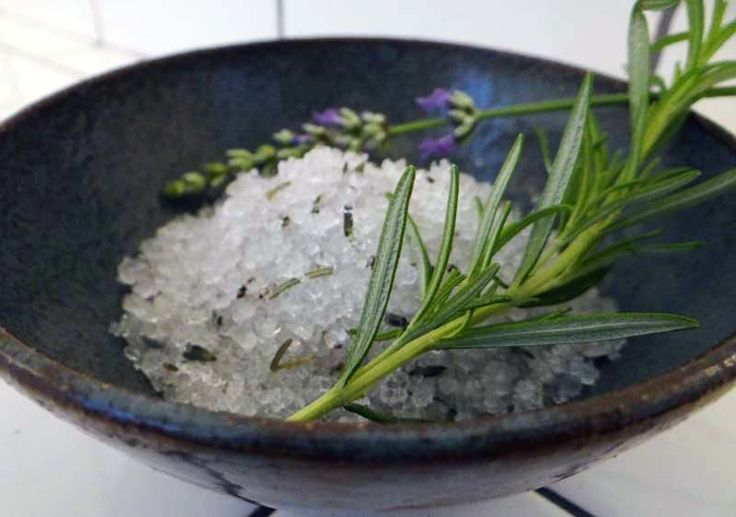 how to use bath salts to exfoliate