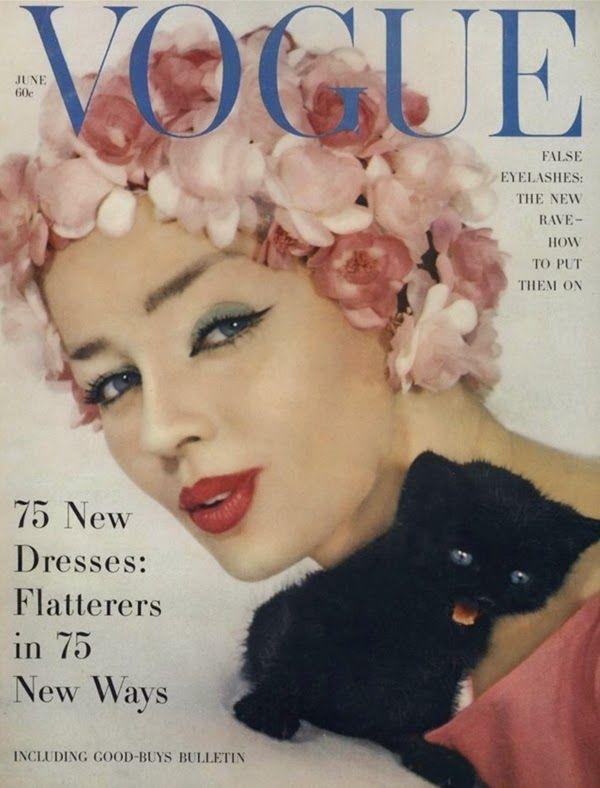 Dia Mundial do Gato: 10 capas de revistas com gatos | Vogue - 1958