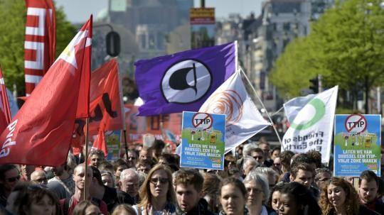 Freihandelsabkommen: Bundesweite Proteste gegen TTIP