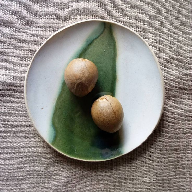 "Stefania Coccia (@stefaniacoccia) on Instagram: ""Pure nature. Brand new side plate with double glaze. I love the green touch of the oribe glaze on…"""