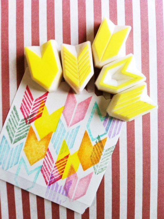 geometric rubber stamps. chevron rubber stamp. por talktothesun