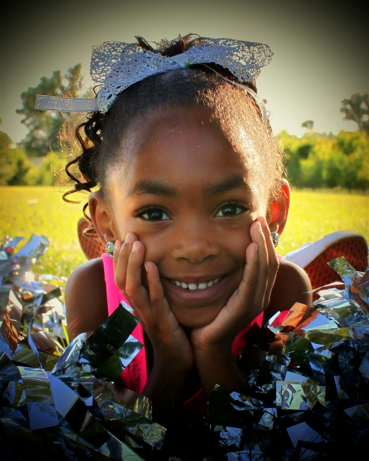 How sweet is this cheerleading pic!?
