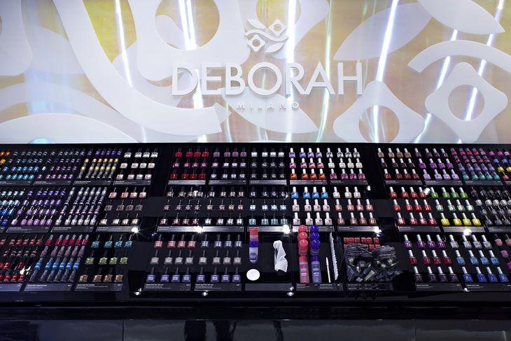 DEBORAH Milano Flagship Store by Hangar Design Group