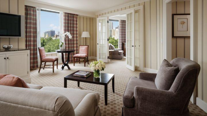 four-seasons-boston-suite
