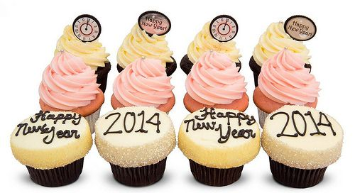 Limited edition pink champagne 2014 Happy New Year and Pearl Jam cupcakes by Seattle's Trophy Cupcakes
