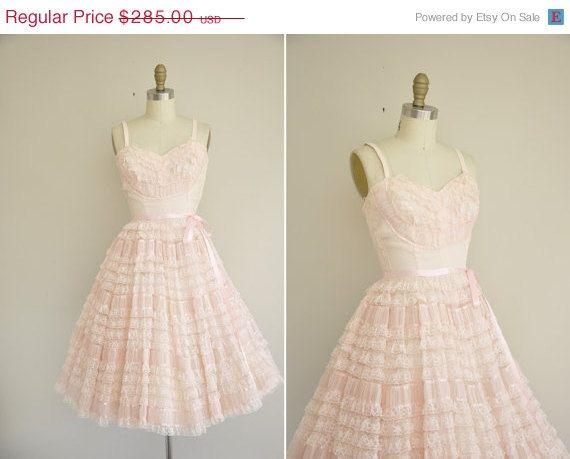 346 best Vintage wedding dresses images on Pinterest | Wedding ...