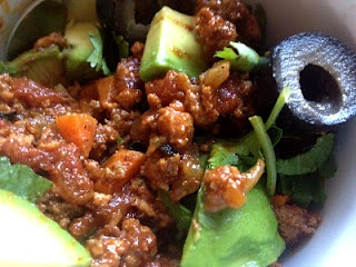 the preppy paleo: Primal Blueprint Chili--OMG, this is soooo good!  Best chili recipe in my arsenol.  And, I didn't even think to add Avocado or olives!