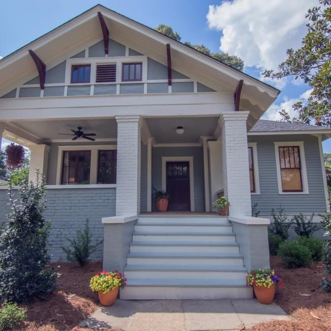 Classic Craftsman-Style Cottage With Coastal Designs