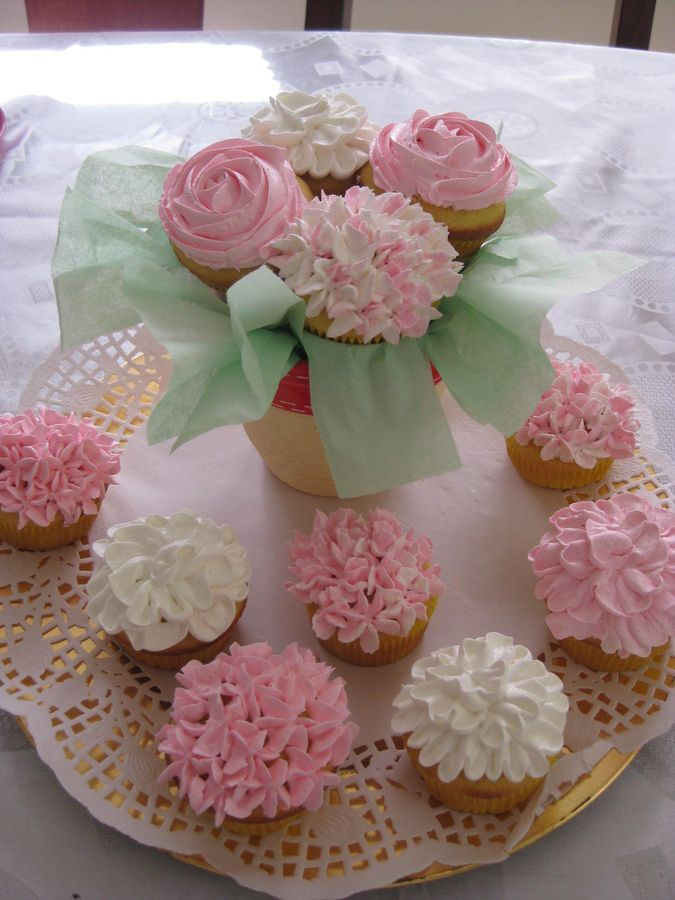 cupcake recipes for bridal shower%0A This would be so cute for a Bridal Shower