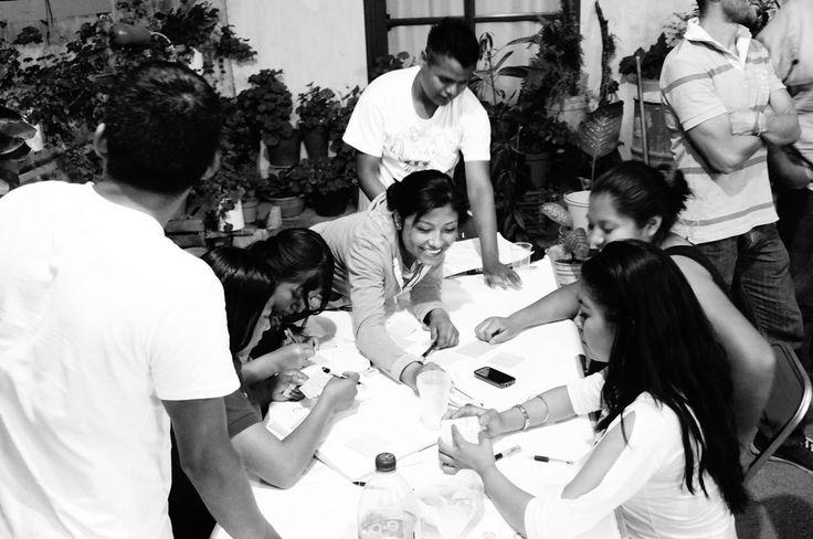 Taller VI Desarrollo de un único plan económico comunitario de desarrollo sostenible y determinar el alcance de los primeros cuatro proyectos, incluyendo el modelo de negocio, el impacto operativo y desarrollo del producto, el modelo financiero y plan de trabajo para su consecución. #comunidad. #emprendedores #Suchilquitongo #Etla #Oaxaca #SEEDMexico #CambioSocial