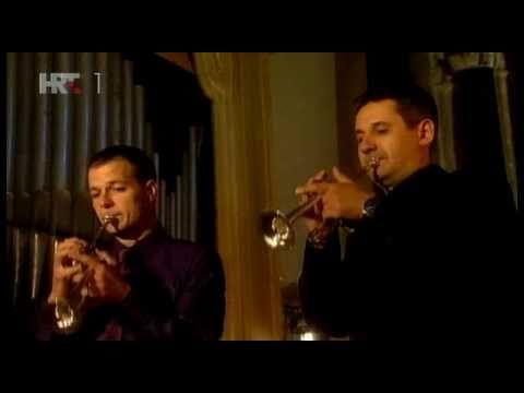 Vivaldi - Concert for two trumpets and organ in C