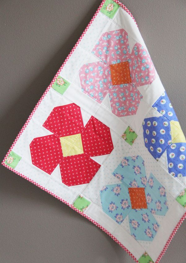 Free Floret Table Topper Pattern and First Blush Fabric Hop | Cluck Cluck Sew | Bloglovin'