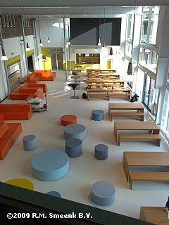 Meubilair school te Haarlem