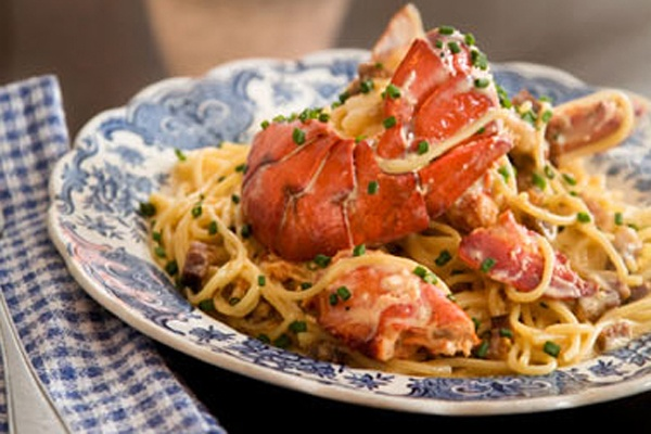 Lobster spaghetti from Joe Beef - richness, goodness, beauty