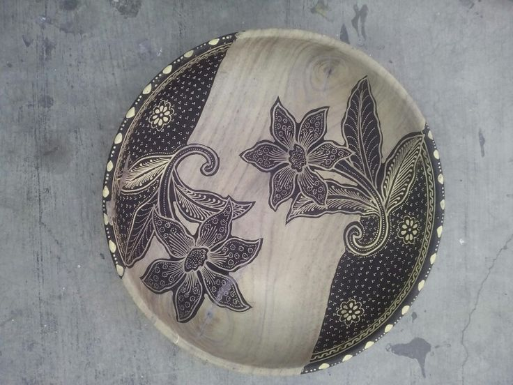 Wooden bowl Batik Black and White