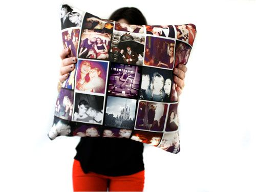 For my bestie  A One-Of-A-Kind Pillow  http://www.seventeen.com/college/advice/graduation-gift-ideas-for-friends?src=spr_FBPAGEspr_id=1442_61755585#slide-1