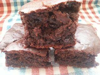 Sağllıklı Tatlı Farklı Tarifler :): Çikolatalı Sağlıklı Kek Tarifi
