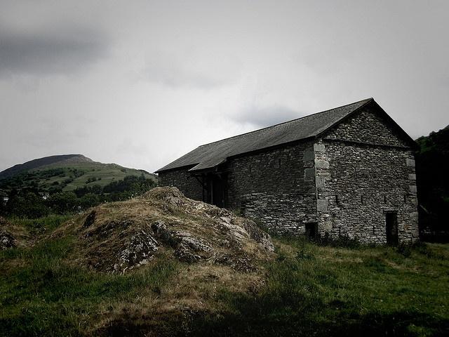 Farmhouse by karlequin, via Flickr