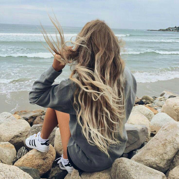 O mar, mesmo revolto, sempre vai me trazer paz. Nara Azevedo.