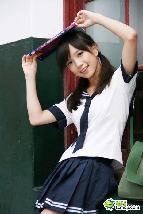 【天使キター!!】台湾の清純系おさげ美少女が可愛すぎるwwwwwwwww ラビット速報